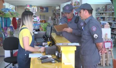 Corpo de Bombeiros fiscaliza o comércio nesta quarta-feira em Passos