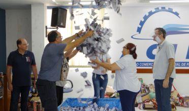 NATAL ENCANTADO: ACIP sorteia R$ 10 mil em vale-compras