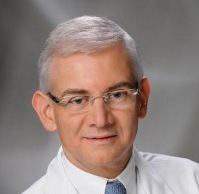 Prof. Dr. Mauricio Simões Abrão