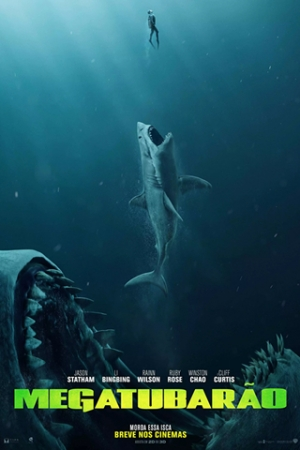 Megatubarão Na fossa mais profunda do Oceano Pacífico, a tripulação de um submarino fica presa dentro do local após ser atacada por uma criatura pré-histórica que se achava estar extinta, um tubarão de mais de 20 metros de comprimento, o Megalodon. Para salvá-los, oceanógrafo chinês (Winston Chao) contrata Jonas Taylor (Jason Statham), um mergulhador especializado em resgates em água profundas que já encontrou com a criatura anteriormente.