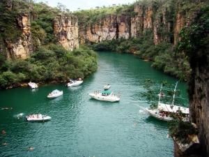 CONHEÇA O LAGO DE FURNAS  Venha fazer um passeio especial nos atrativos do Mar de Minas. Seja bem vindo!