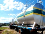 Tanques horizontais para armazenamento de combustível Diesel.