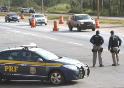 Pol�cia Rodovi�ria Federal refor�a policiamento nas estradas a partir desta quarta